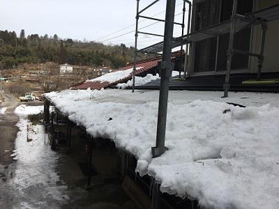 屋根の雪かき